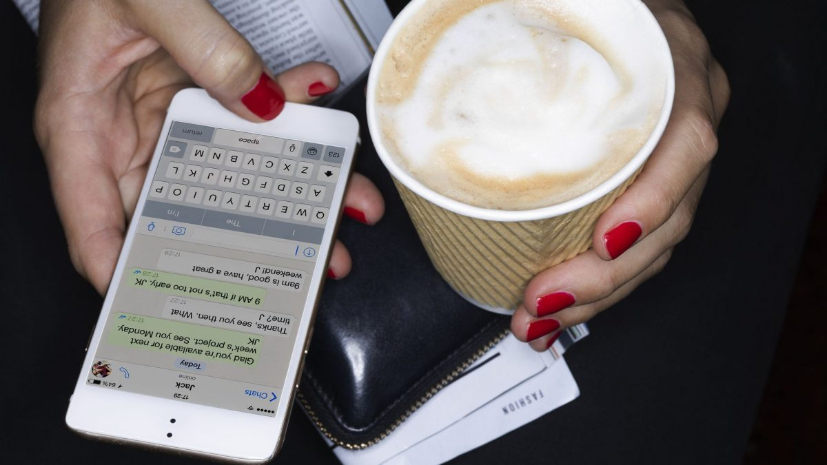 How to spy on someone's text messages without them knowing